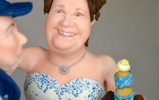 Tortentopper - Hochzeitsfigur aus Fondant_zwei Berufe in der Ehe vereint_Detailansicht